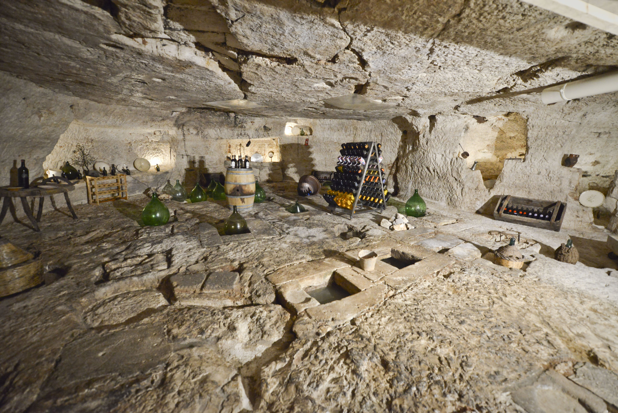 Grotta Cantina